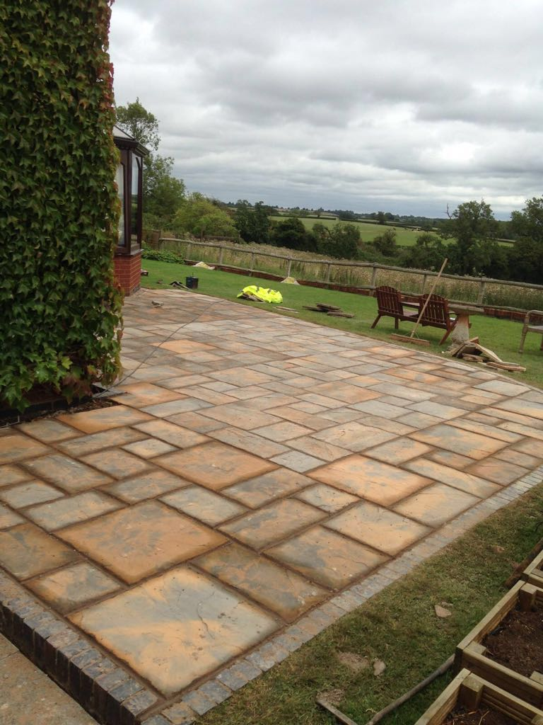Create a great outside space to relax and entertain guests by Paving Redditch Worcestershire UK