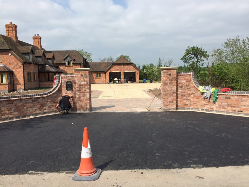 Just finishing a big job in that had a new wall built and a driveway that was part Tarmac driveway and mostly block paving drive in Redditch Worcestershire