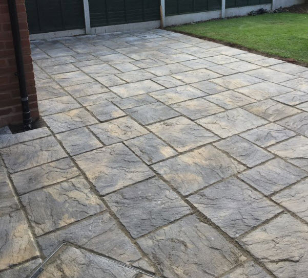 New paved patio Redditch Worcestershire